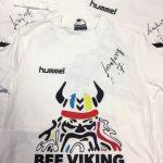 Tri pobjednika koji dobivaju majicu s potpisom Kirila Lazarova